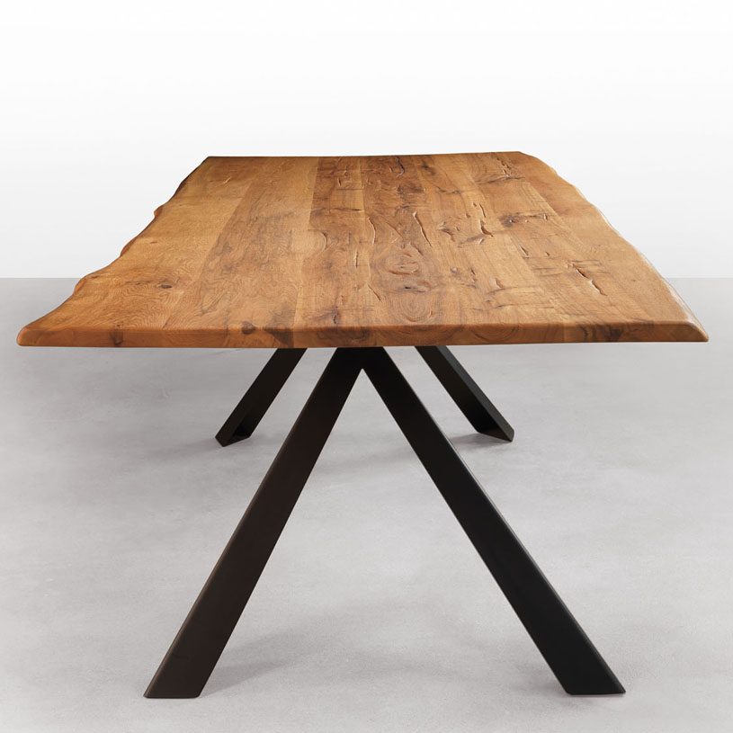 Impressive Dining Table with Metal Legs 815 x 815 · 109 kB · jpeg