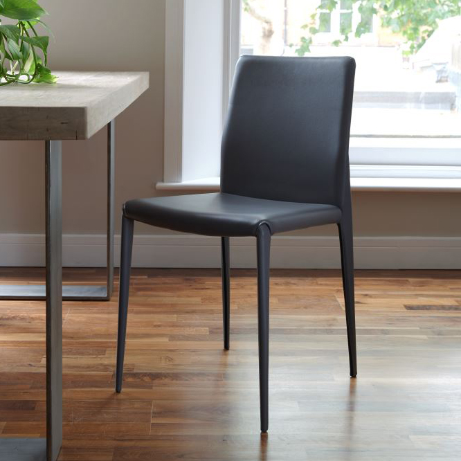 Bruno grey modern italian dining chair for Italian dining chairs modern